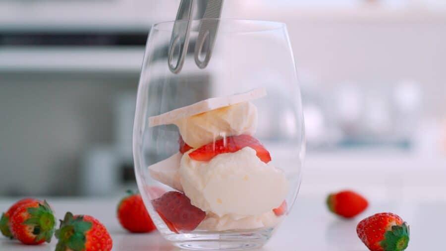 Десерт Eton mess или Итонская мешанина