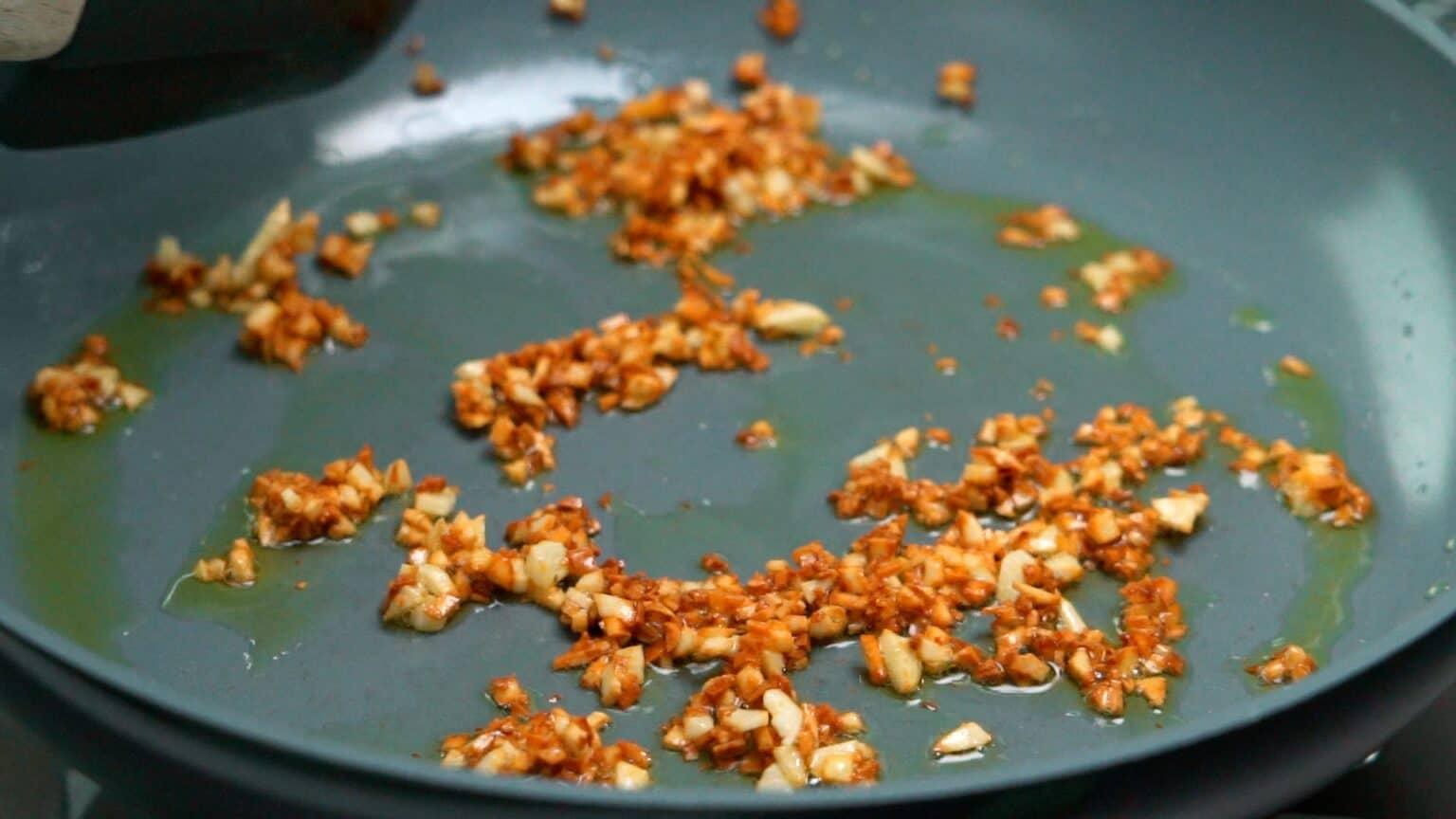 Синангаг: Филиппинский жареный рис с чесноком 2