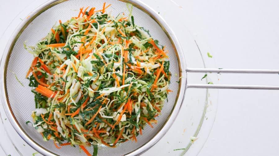 Капустный салат с морковью фото 2