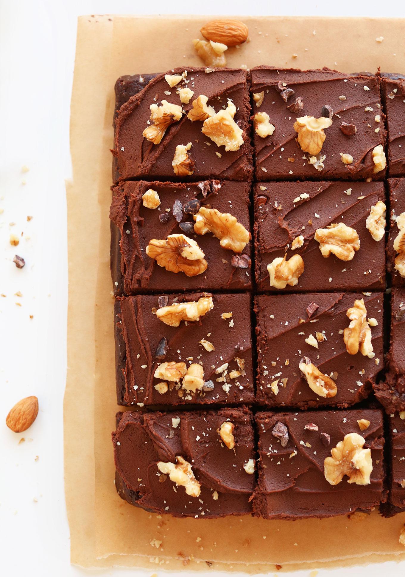 Веганские брауни без выпечки с шоколадным ганашем 8