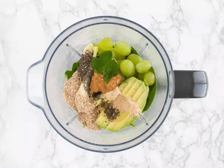 Веганский смузи для похудения с авокадо 3