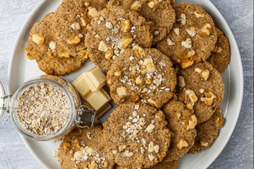 Веганское печенье с кусочками белого шоколада