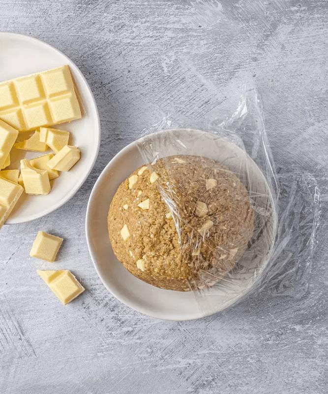 Веганское печенье с кусочками белого шоколада 3