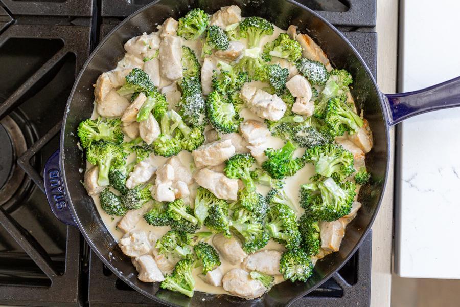 Сливочная запеканка с курицей и брокколи 2