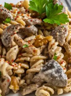 Веганская паста тахини без сливок с грибами