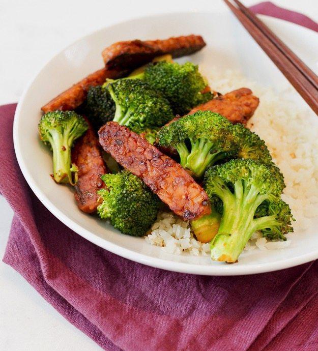 Вегетарианская говядина и брокколи с темпе 2