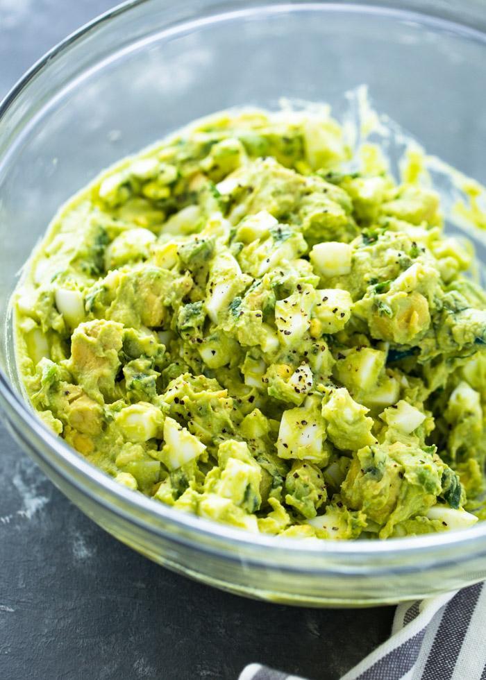 Сливочный салат из яиц авокадо 4