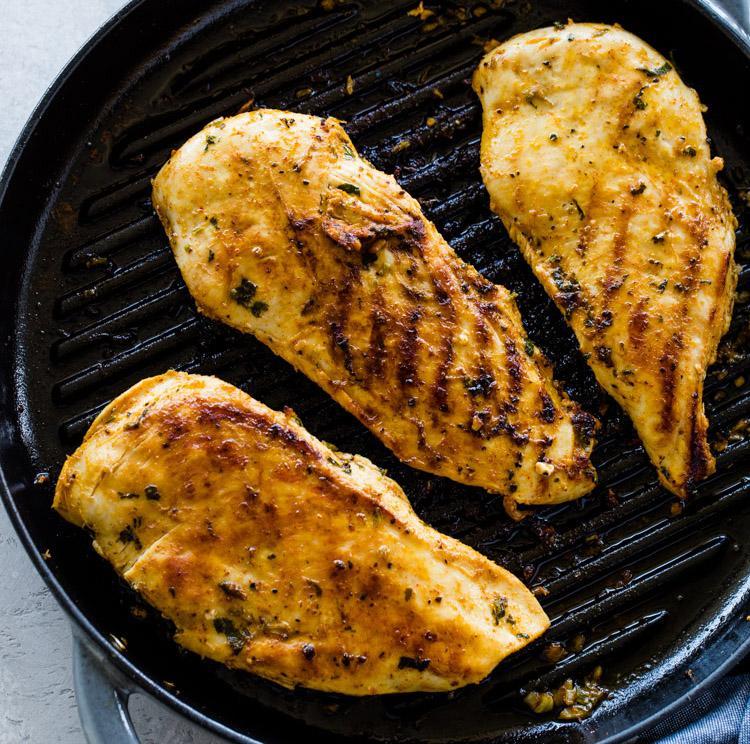 Курица-гриль с сальсой из авокадо 3