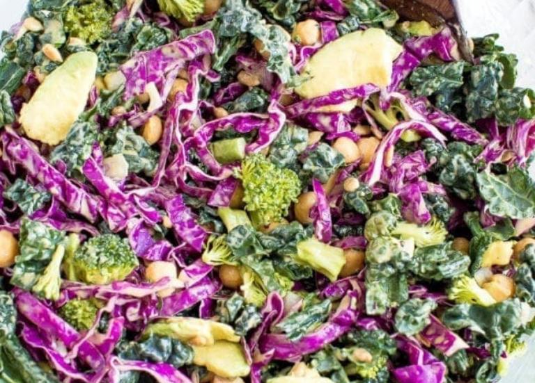 Кале и салат из капусты