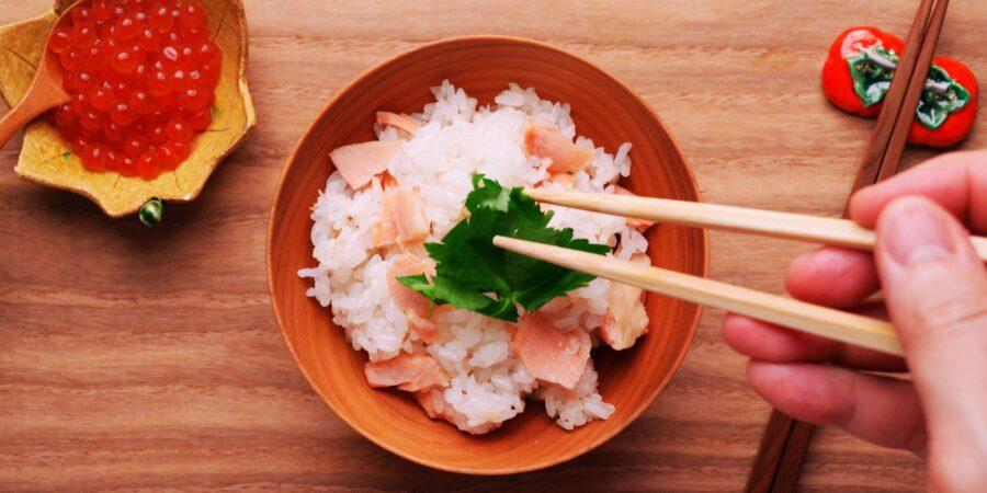 Японский рис с лососем 4