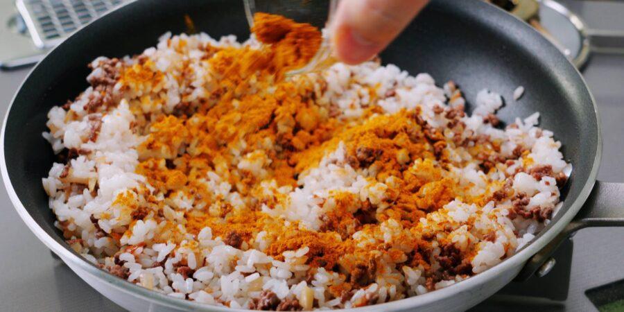 Жареный рис с приправой карри 6