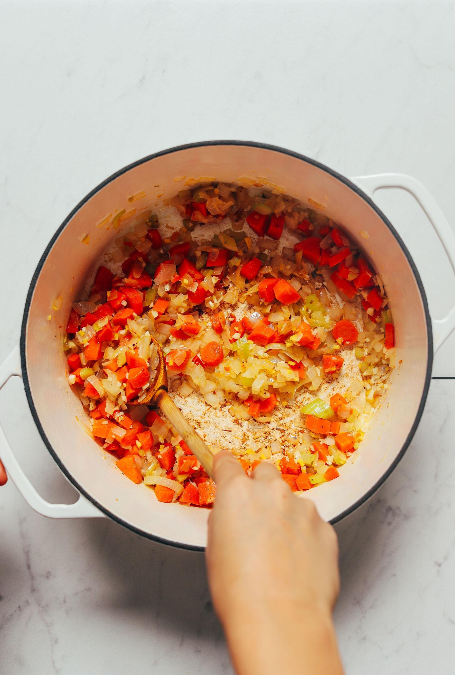Сливочный суп из цветной капусты и чечевицы с карри 3