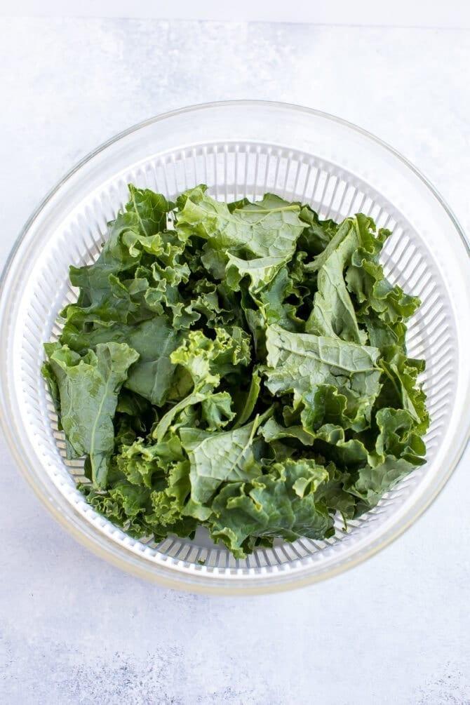 Запеченные чипсы из капусты 3
