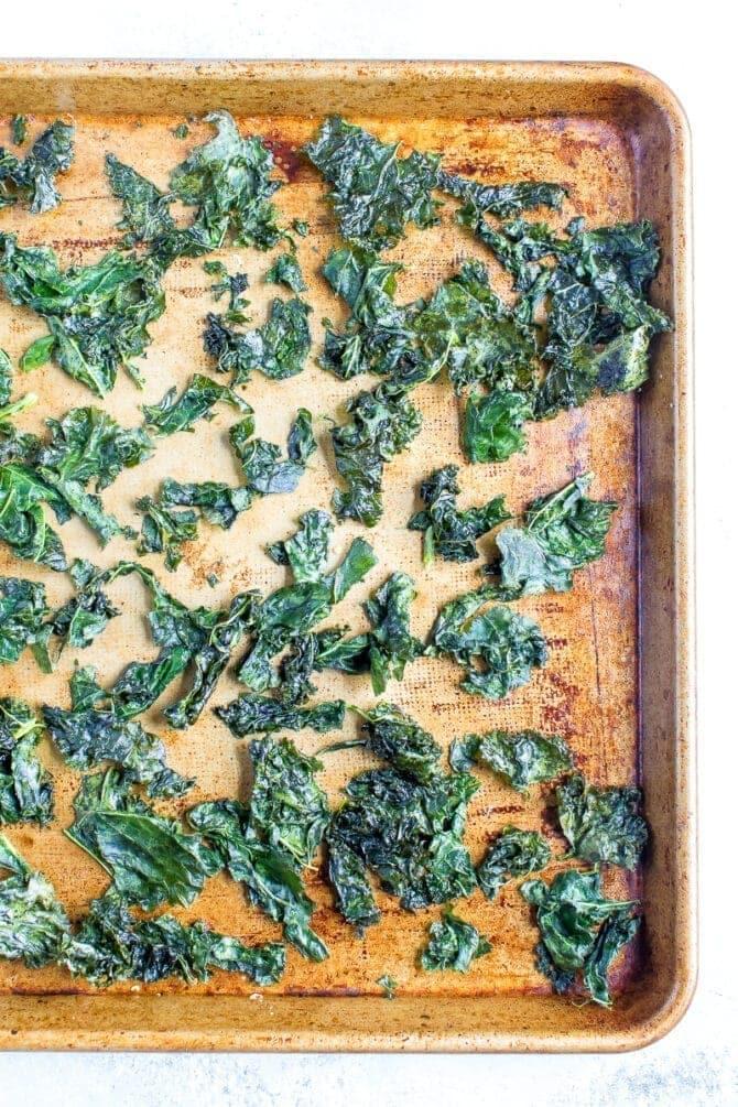 Запеченные чипсы из капусты 4
