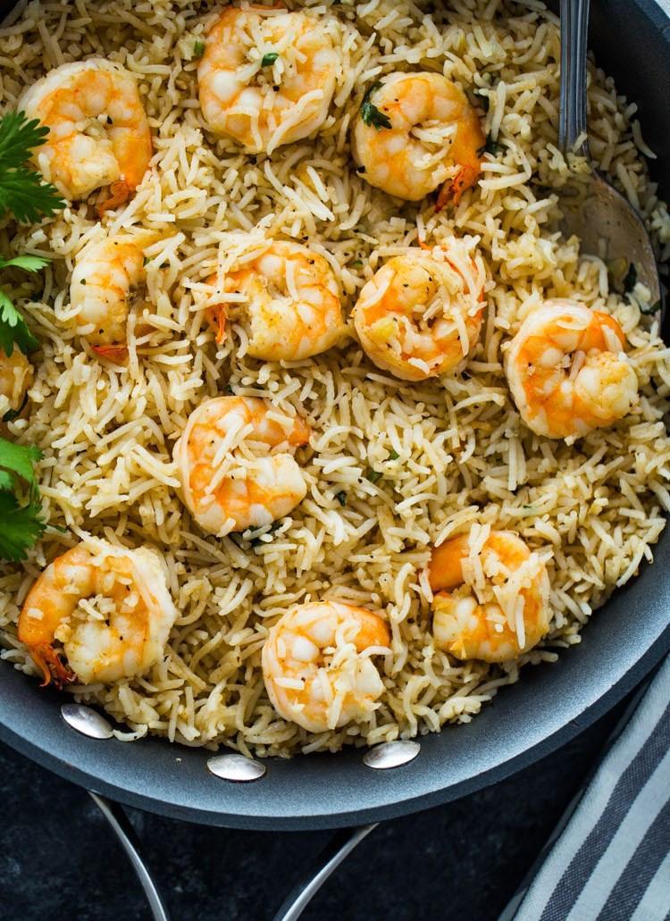 Креветки с рисом на сковороде 3