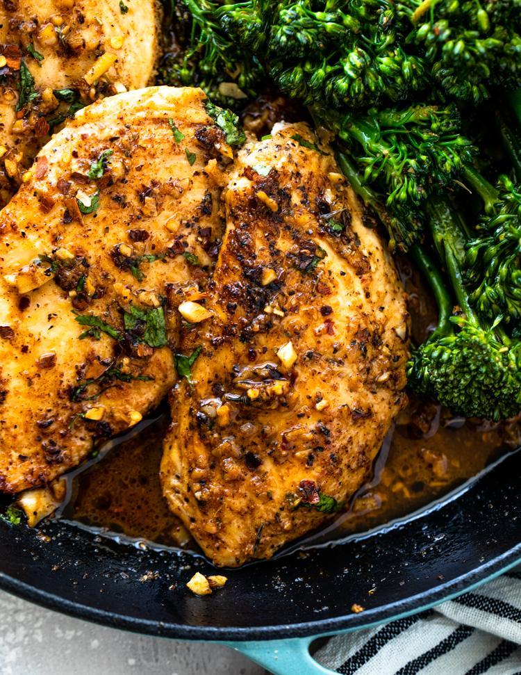 Цыпленок с чесночным маслом и брокколи 3