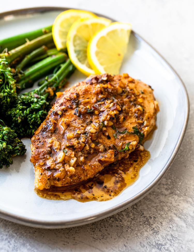 Цыпленок с чесночным маслом и брокколи 4