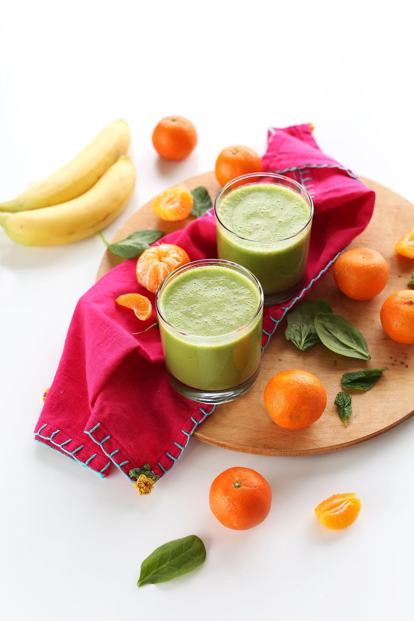 Зеленый смузи с кокосом и клементином 2